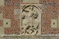 Burg Hülshoff | Heinrich I. von Droste zu Hülshoff (1500–1570), Reiterrelief Burg Hülshoff