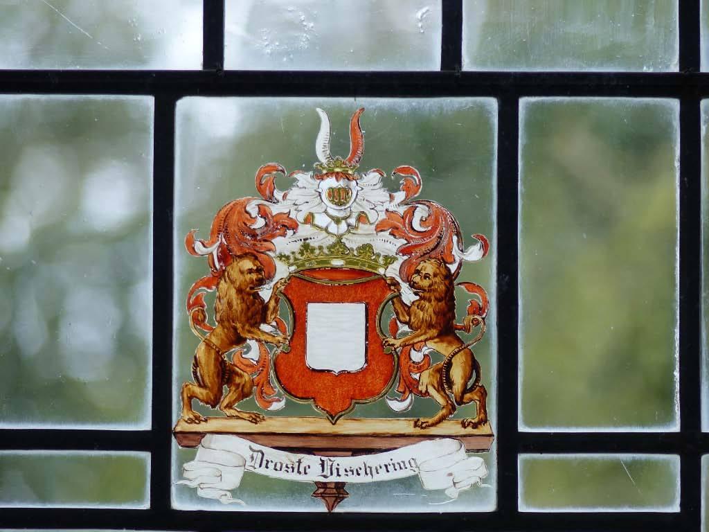 """© """"Burgen in Westfalen""""    Wappen der Droste zu Vischering"""