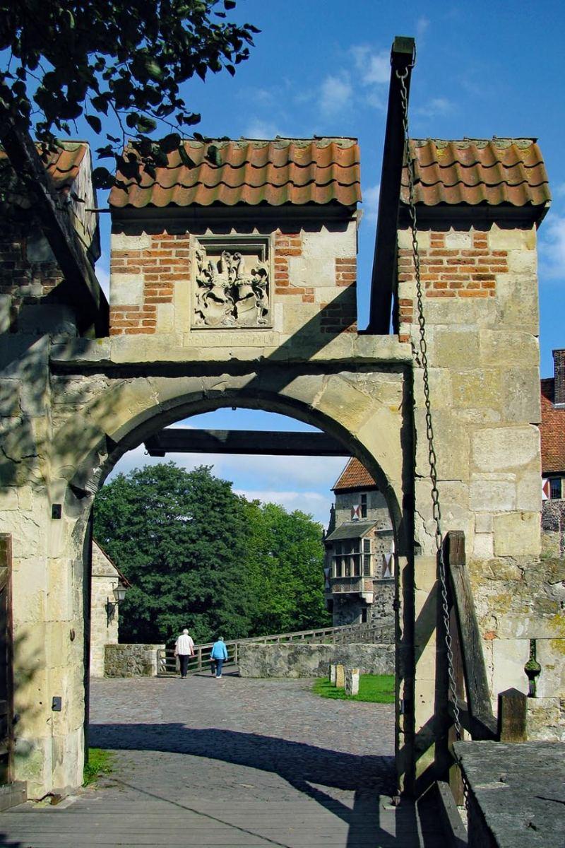"""© """"Burgen in Westfalen""""    Zugbrücke"""