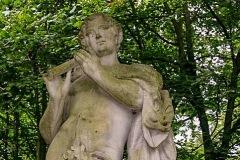 (9) Statue an der Burgallee - Faunus mit Flöte
