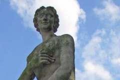 [7] Statue an der Burgallee | Venus